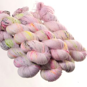 Hedgehog Fibres Sock Yarn garn lys og multifarvet