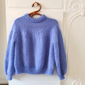 Novice Sweater Strikkekit i Dolce garn